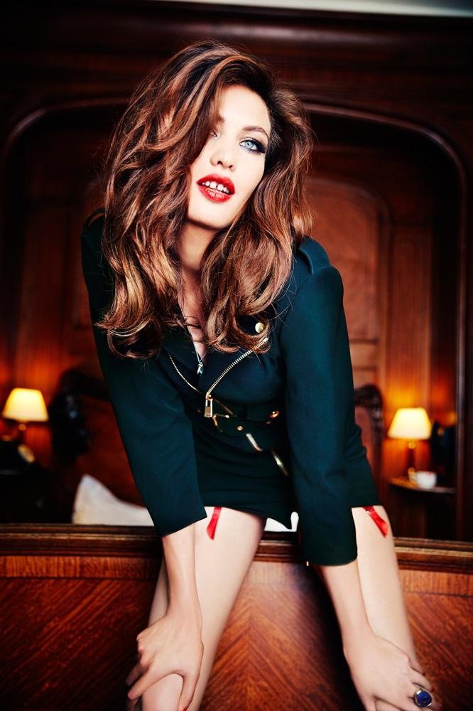 Aomi Muyock Poses for Ellen Von Unwerth in Vanity Fair Photos