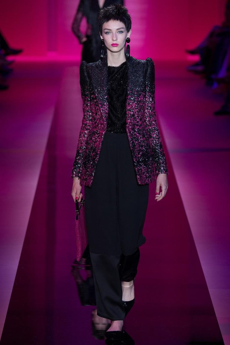 Armani Privé Fall 2015: Shocking Couture