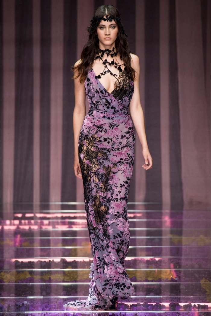 Atelier versace fall 2015 haute couture for Haute couture 2015