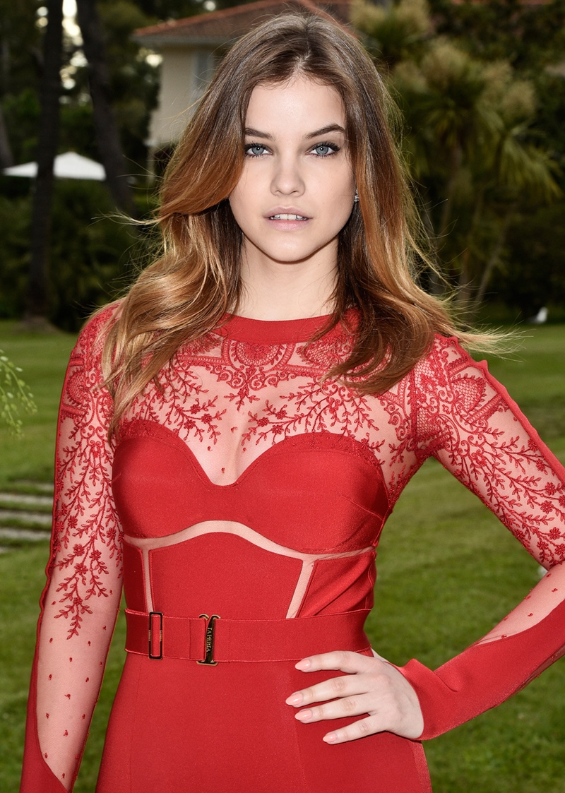 Model Barbara Palvin lightened her naturally brunette hair to bronde with blonde highlights. Photo: L'Oreal Paris