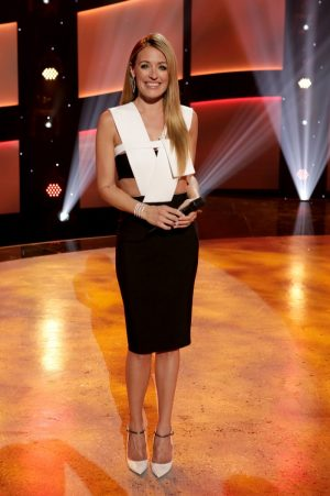 Cat Deeley Wears Mugler at 'So You Think You Can Dance' Taping