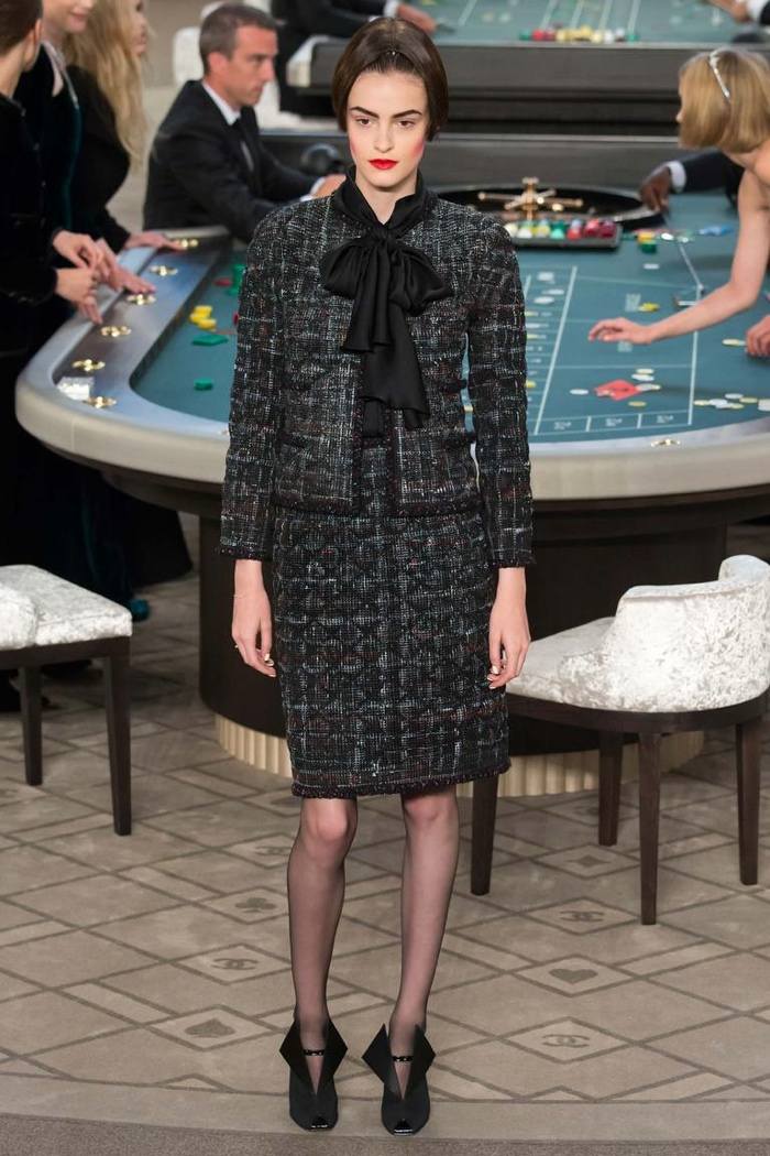 Chanel Fall 2015 Couture: Casino Luxe