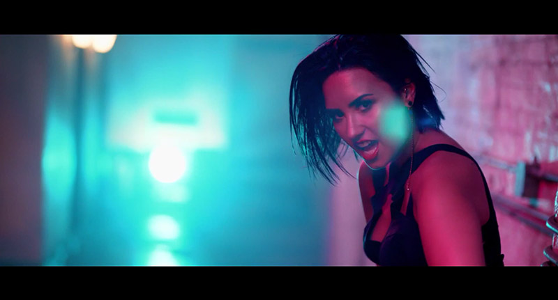 Demi Lovato Owns the Wet Hair Look in 'Cool for the Summer' Video