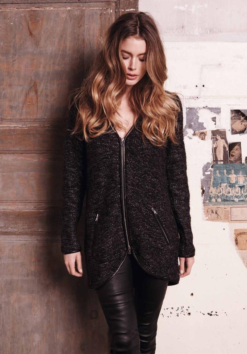 Doutzen Kroes Looks Cozy Chic In Repeat Cashmere Fashion