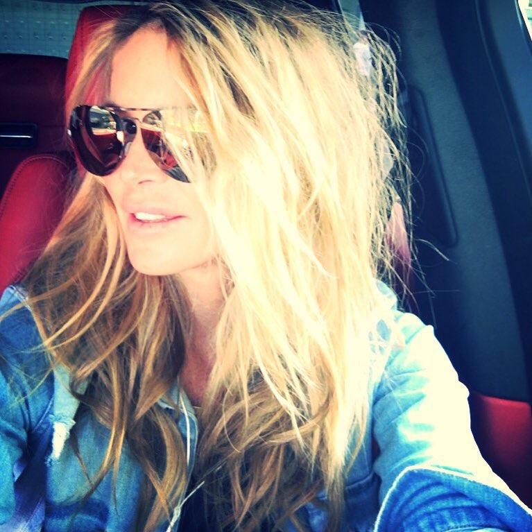 Model Elle Macpherson takes a selfie. Photo: Instagram/ellemacphersonofficial