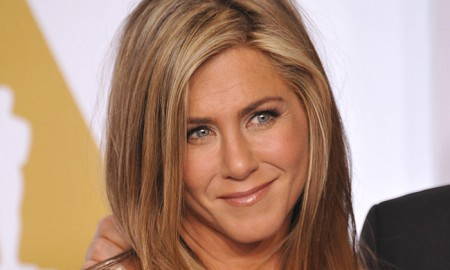 Ever since her days on Friends, Jennifer Aniston has put the spotlight on bronde hair. Photo: Jaguar PS / Shutterstock.com