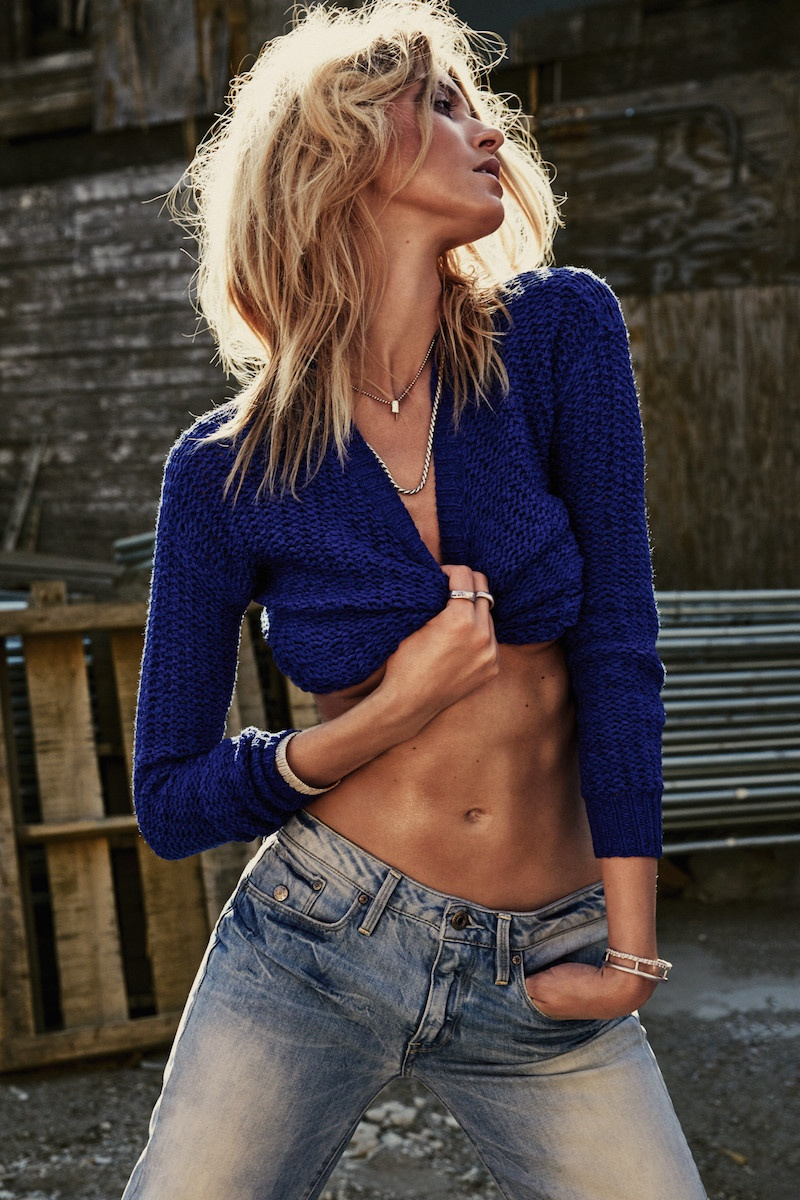 Martha Hunt Looks Sexy in Rugged Style for S Moda Cover Story