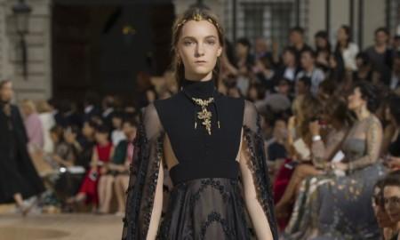 Valentino-Fall-2015-Haute-Couture09