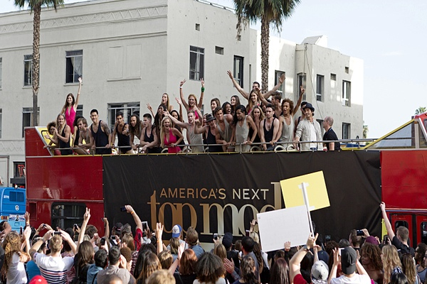 'America's Next Top Model' Cycle 22 Premiere Recap: The Guys and Girls Make It to Hollywood