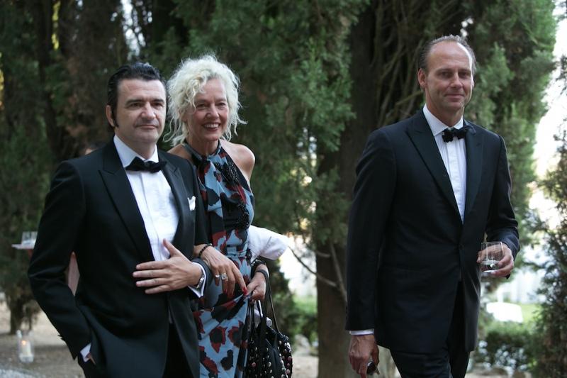Photographer Ellen von Unwerth attended the wedding ceremony