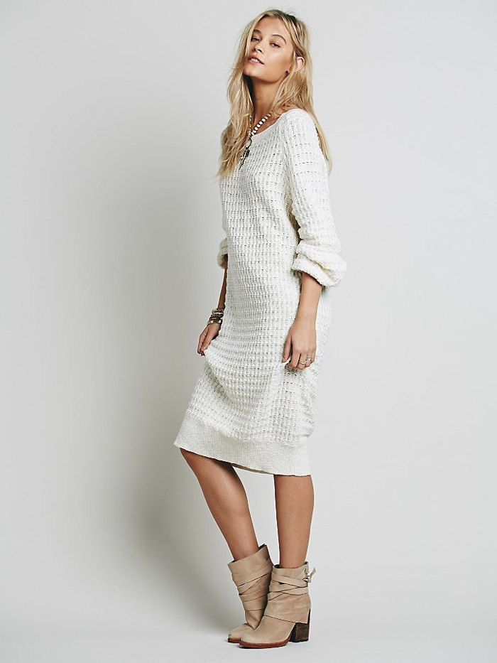b8f73f044ce6 WHITE SWEATER DRESS - Gunda Daras