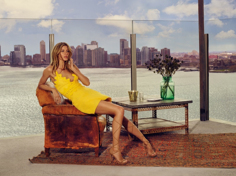 Gisele Bundchen Takes New York for Colcci's Spring 2016 Ads