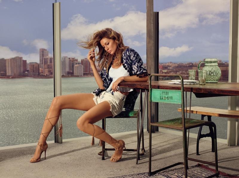 Gisele Bundchen Takes New York for Colcci's Spring 2016 Ads