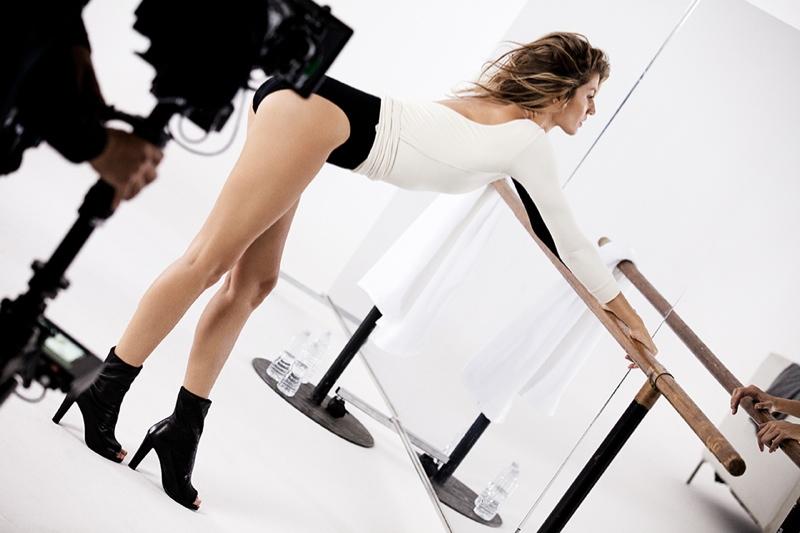 DANCING QUEEN: Gisele Bundchen gets moving for Stuart Weitzman commercial