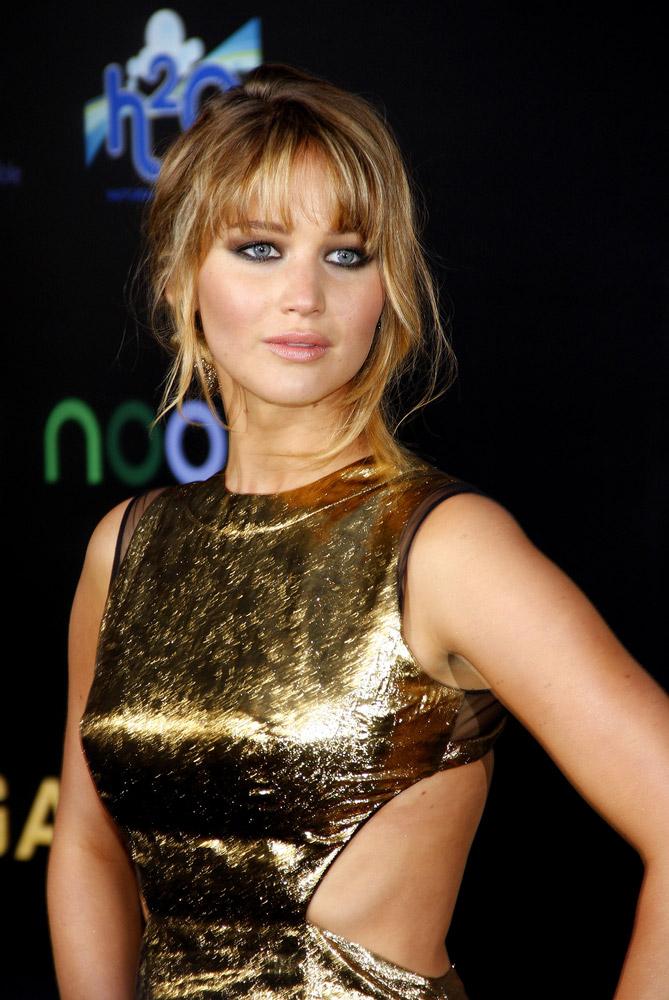 Jennifer Lawrence Has Seductive Lips in Dior Addict ...