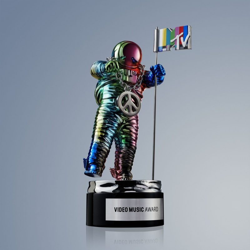 Rainbow Connection: Jeremy Scott Redesigned the MTV VMAs Moonman