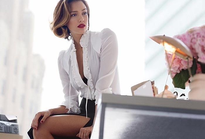 Jessica sports an Altuzarra blouse in white