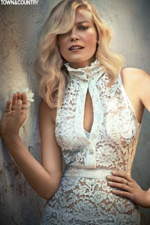 Kirsten Dunst Stars in Town & Country, Talks 'Fargo' Role