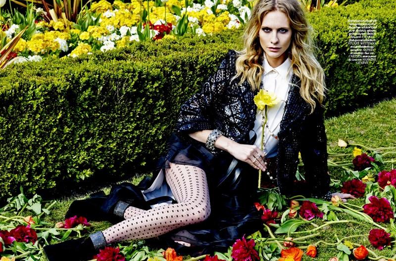 Poppy Delevingne Lofficiel Thailand August 2015 Cover Shoot05