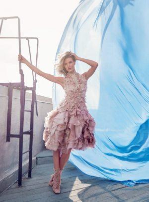 Rosie Huntington Whiteley Harpers Bazaar UK September 2015 Cover Photo Shoot09