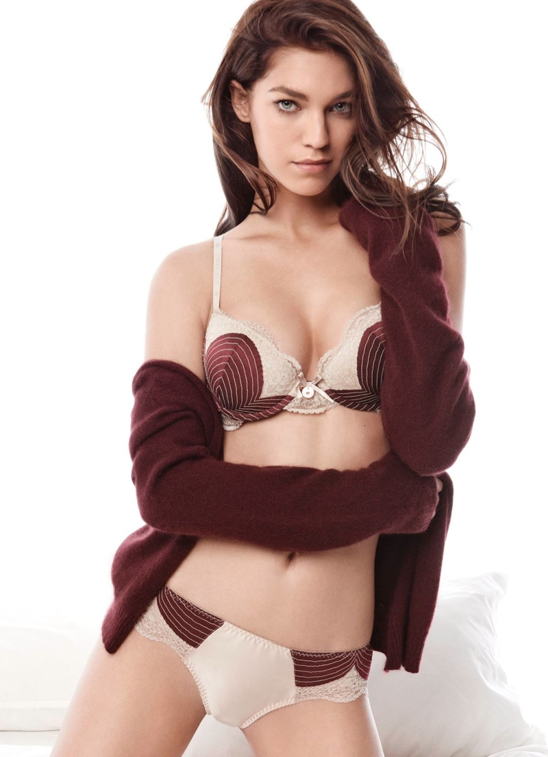 Samantha Gradoville Twin Set Fall 2015 Lingerie Campaign02