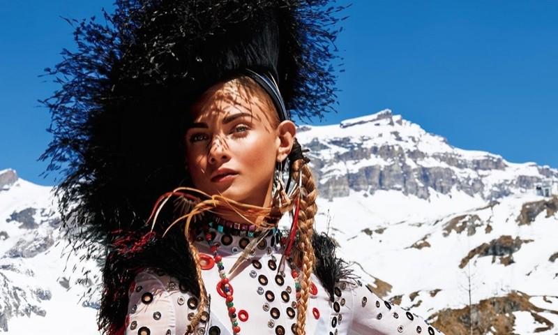 Anna Selezneva - Vogue Japan November 2015