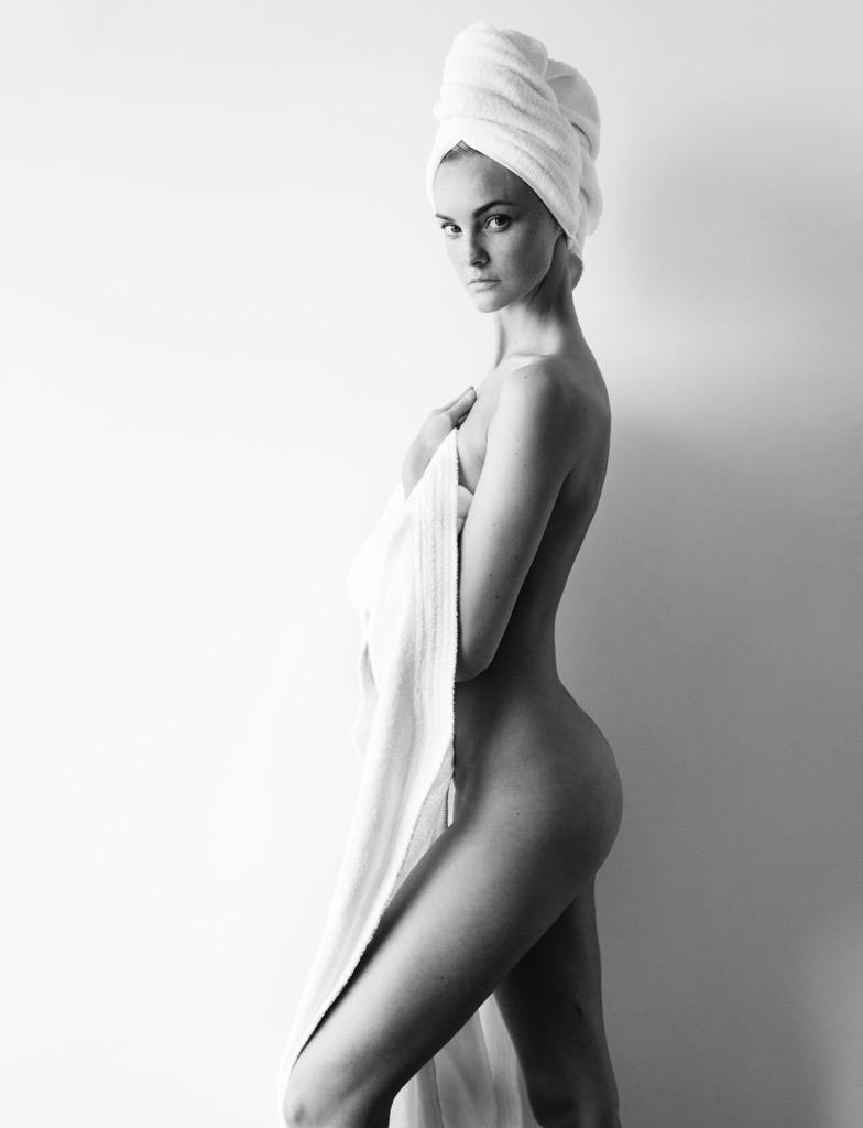 Caroline Trentini goes naked for Mario Testino's Towel Series