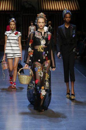 Dolce-Gabbana-Spring-Summer-2016-Runway47
