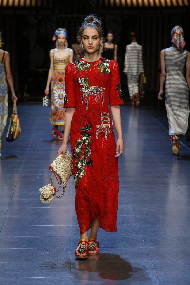 A look from Dolce & Gabbana's spring-summer 2016 collection