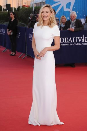 Elizabeth Olsen Makes a Case for Minimal Style at the Deauville American Film Festival