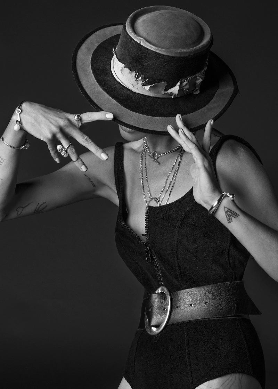 Erin stars in WASSON's spring-summer 2016 jewelry line