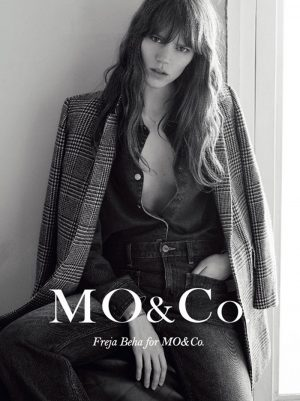 Freja models a denim look with a houndstooth coat from MO&Co.
