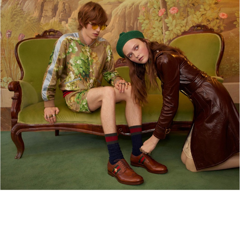 Models pose in Gucci cruise 2016 campaign