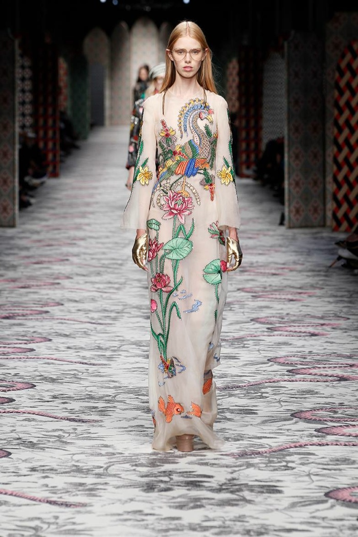 A look from Gucci's spring 2016 collection
