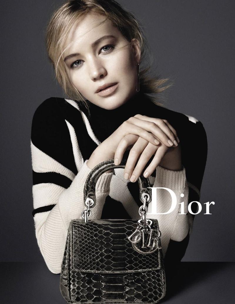 Jennifer poses with the Be Dior handbag