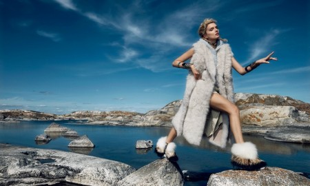 Lily-Donaldson-Vogue-Japan-October-2015-Editorial06