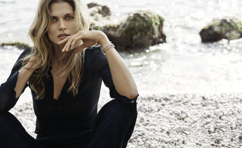 Malgosia wears Messika's Skinny collection