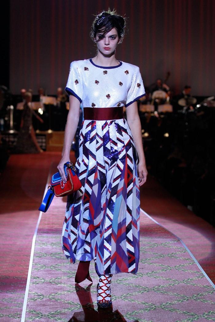 Kendall Jenner walks Marc Jacobs' spring-summer 2016 runway show