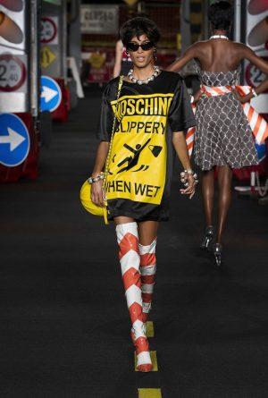 Moschino Spring 2016 | Milan Fashion Week