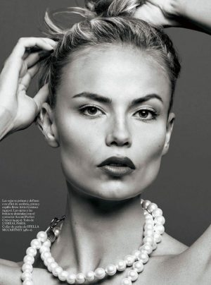 Natasha Poly Gets Her Closeup in S Moda
