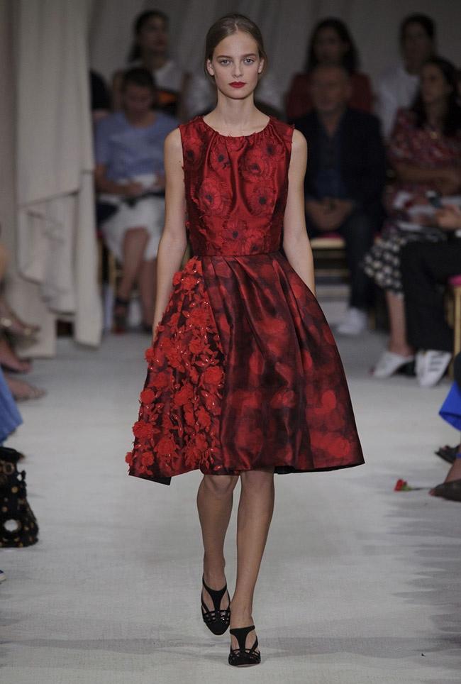 Oscar De La Renta Spring 2016 | New York Fashion Week