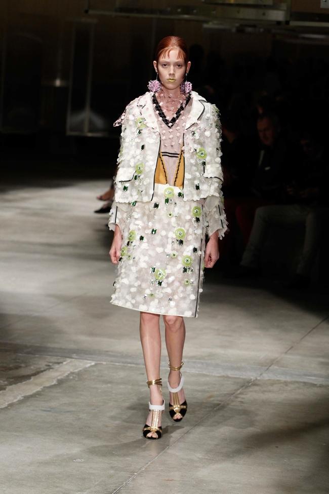 Prada Spring 2016 | Milan Fashion Week