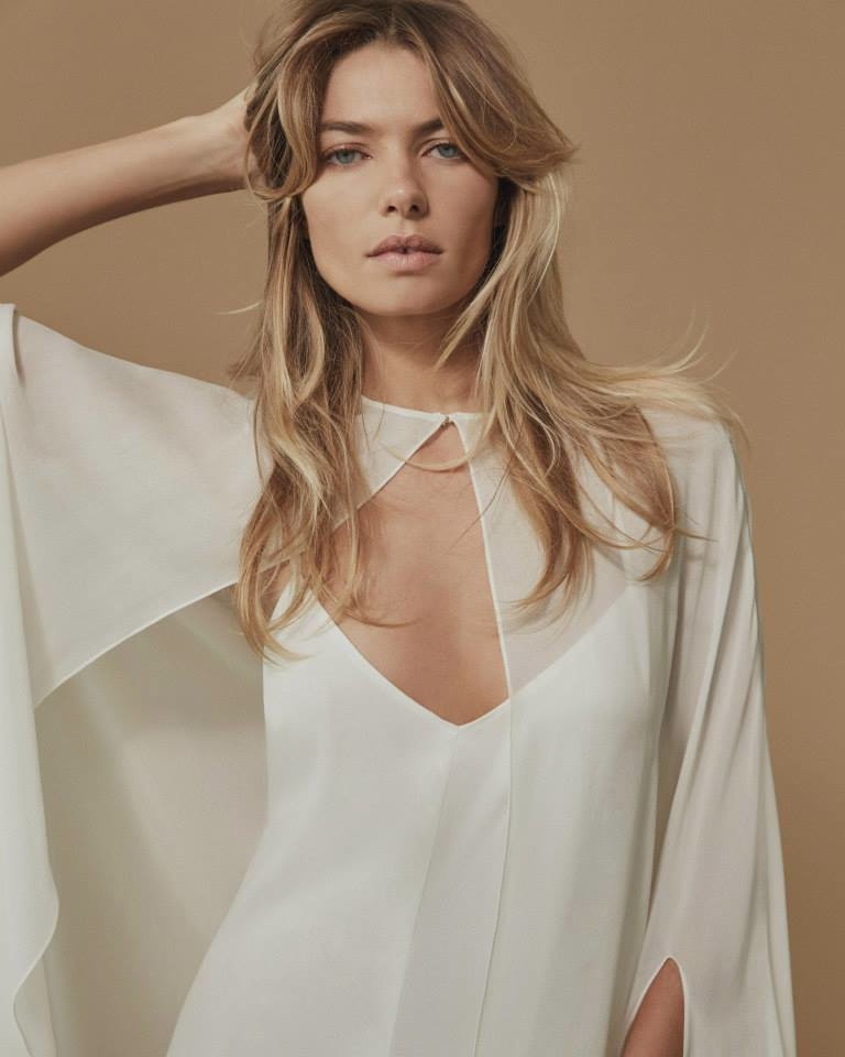 Jessica models Doris cape from Reformation