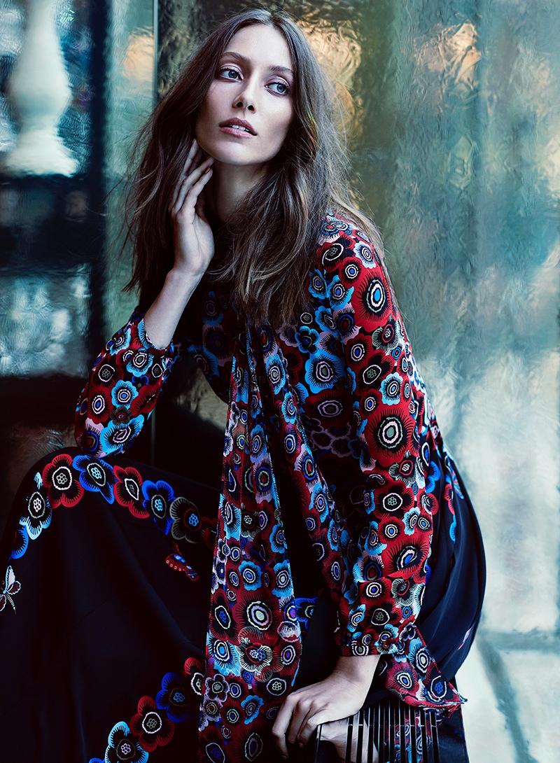 Alana-Zimmer-Fashion-Magazine-November-2015-Cover-Editorial06