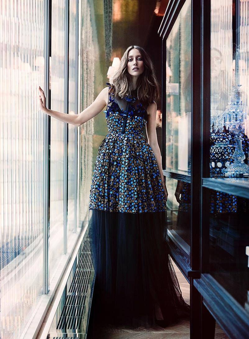 Alana-Zimmer-Fashion-Magazine-November-2015-Cover-Editorial09