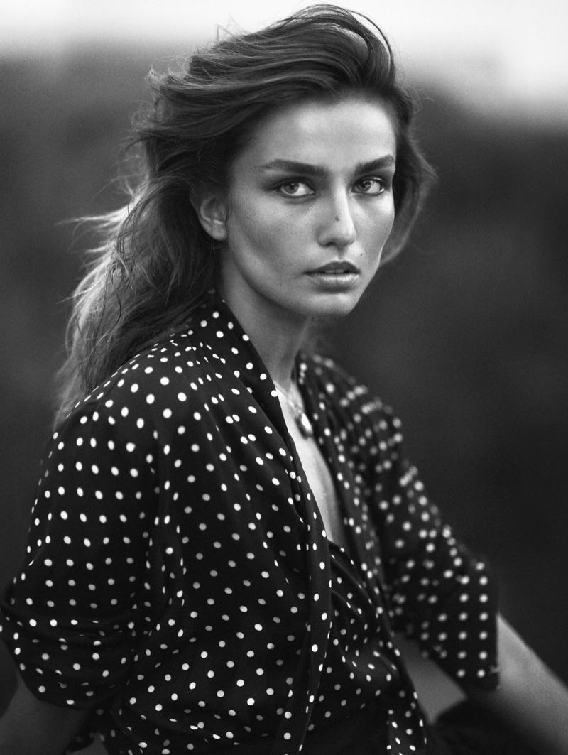 Andreea-Diaconu-Vogue-China-November-2015-Editorial01