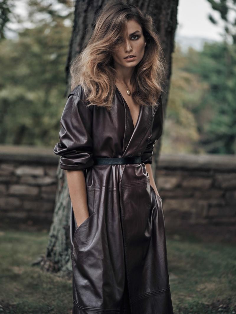 Andreea-Diaconu-Vogue-China-November-2015-Editorial09