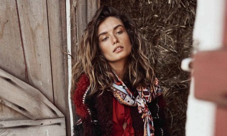 Andreea-Diaconu-Vogue-Spain-October-2015-Cover-Editorial12