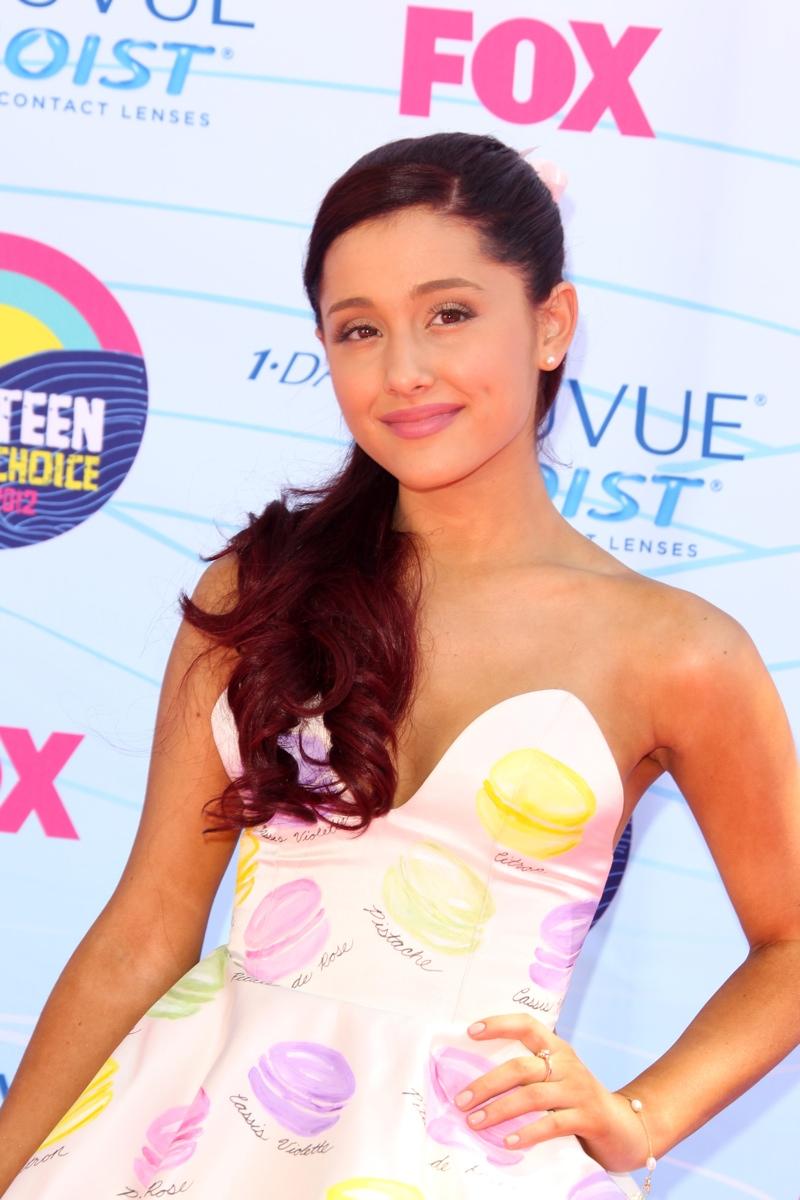 In 2012, Ariana Grande dyed her red hair darker with an auburn shade. Photo: Shutterstock.com / Helga Esteb
