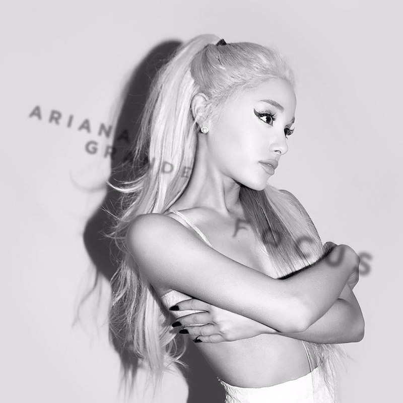 Ariana Grande stars on the single cover of her new song, Focus. Out on October 30, Ariana wears a blonde hairstyle in the black and white image.